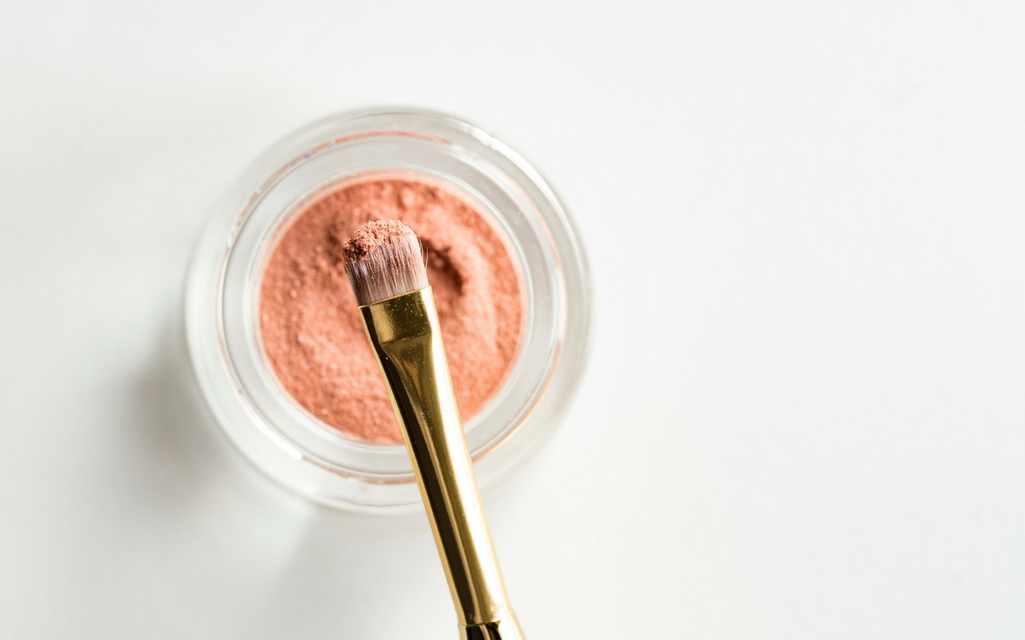 Five Make-up Ingredients That Contribute To Hormone Imbalance